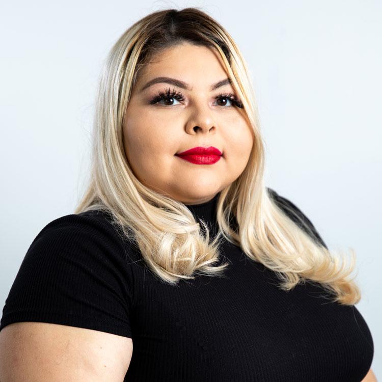 Vicki Tafayo